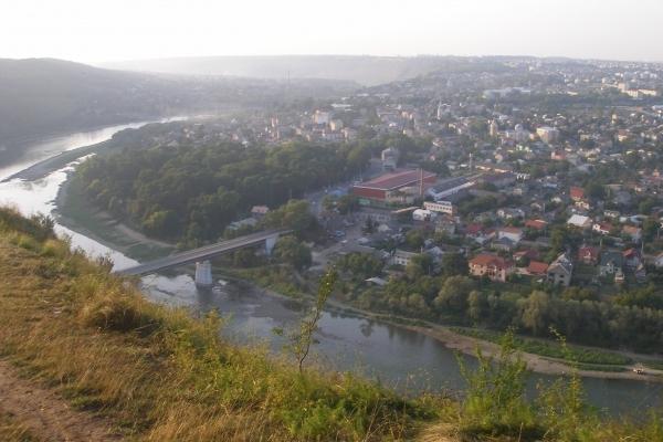 Бюджетна мандрівка вихідного дня: Заліщики та Дністровський каньйон (Фото)