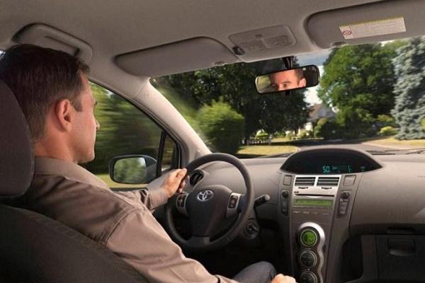 Названі шкідливі звички водія, які «вбивають» автомобіль