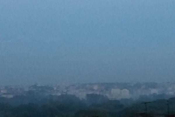 У Тернополі «Дружбу» затягнуло димом (Фото)