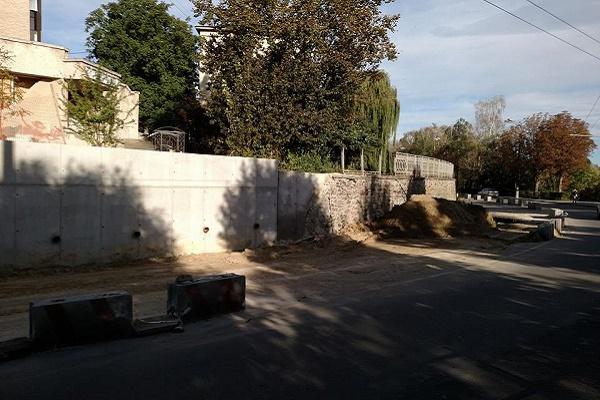 У Тернополі ще місяць буде перекрита дорога