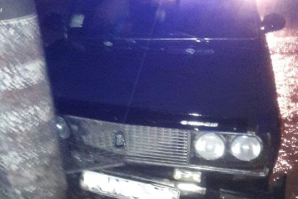 У Тернополі авто п'яного водія «поцілувалося» зі стовпом (Фото)