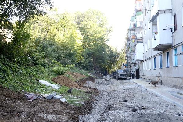 На вулиці Макаренка в Тернополі буде екопарковка