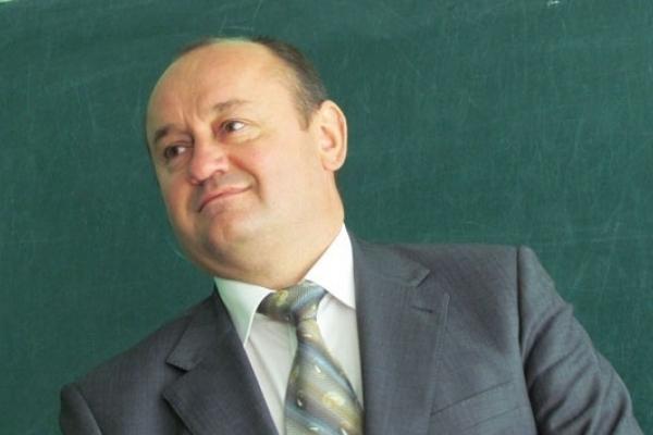В економічному університеті Тернополя відмовляються від землі, яка могла спричинити спробу вбити ректора