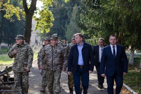 Степан Барна: Відбудова військового містечка в Теребовлі триває (Фото, відео)