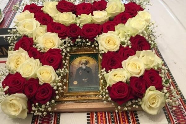 До тернопільського храму Бориса та Гліба привезли мироточиву ікону