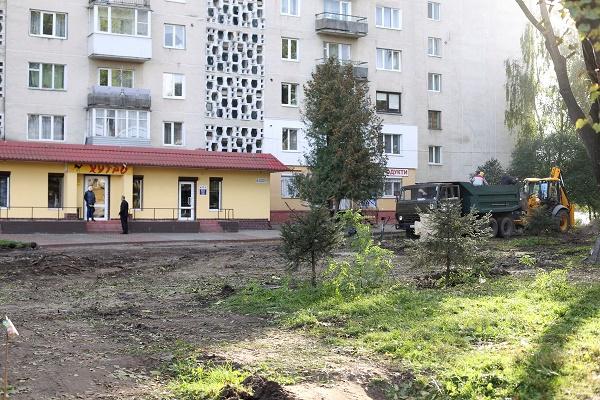 У Тернополі розпочали капітальний ремонт скверу