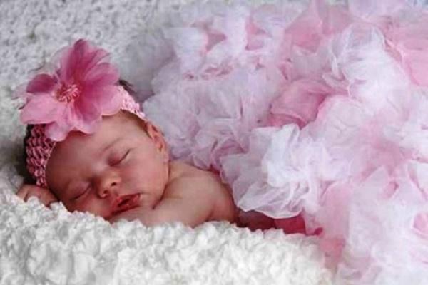 Скільки насправді коштують «бейбі-бокси» для новонароджених