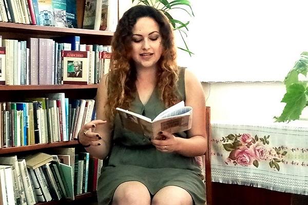 Нова поетична збірка студенти ТДМУ Тетяни Іваніцької символізує творчий політ її душі