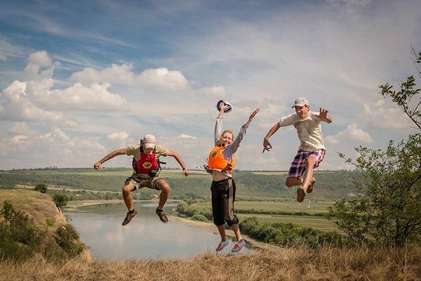 Для виставки «Люди Дністра» світлини присилають зі всієї України і Молдови