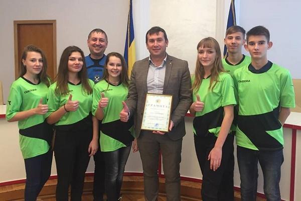 «Таких доброзичливих людей ніде більше не зустрічала», - учениця слов'янської школи про Тернопіль