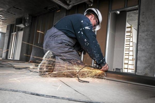 На Тернопільщині робітник впав із 10-метрової висоти