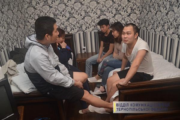 На Бережанщині виявили в'єтнамців-нелегалів