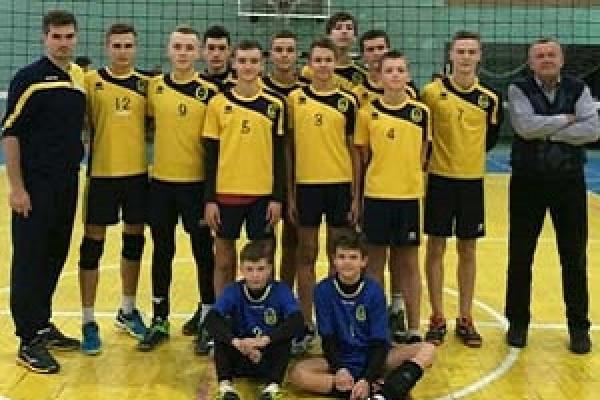 Тернопільські юні волейболісти вибороли перемогу у І турі Чемпіонату України
