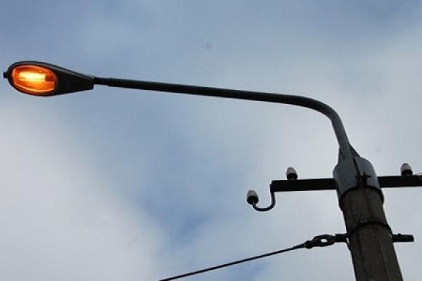 У Тернополі ртутні лампочки у вуличних ліхтарях замінюють на світлодіодні