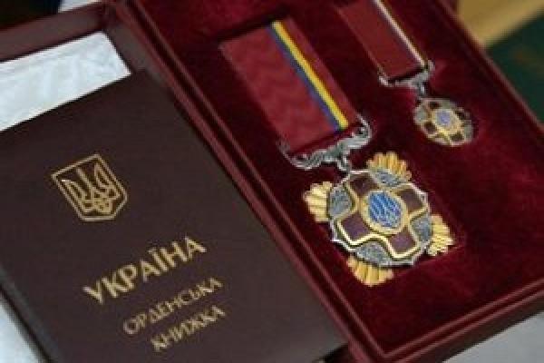 Порошенко нагородив орденом тракториста з Тернопільщини