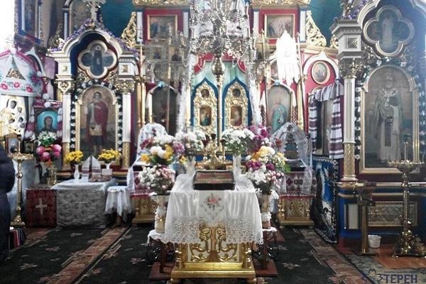 Особлива церква на Кременеччині приваблює парафіян і туристів (Фото)