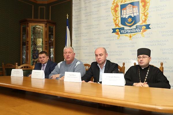 Збір «Подарунків для солдатів на Миколая» розпочинають у Тернополі