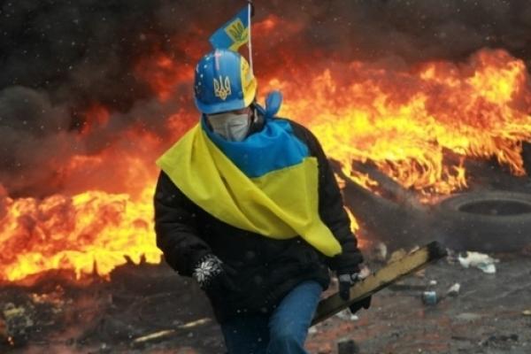 60 найбільш вражаючих кадрів з Євромайдану (Фото)