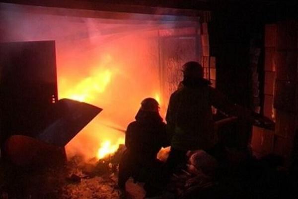 На Тернопільщині в житловому будинку вщент вигоріла кімната