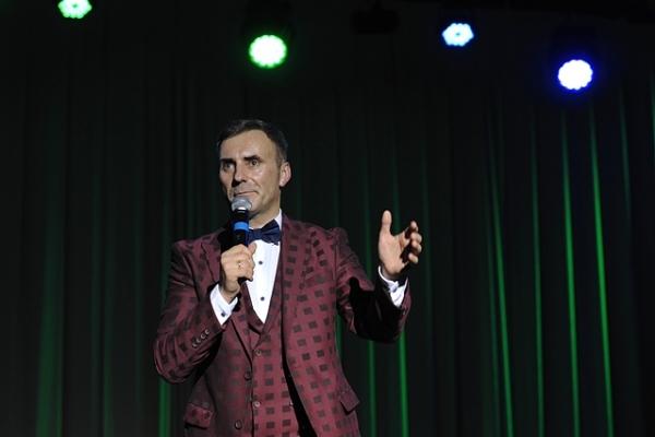 Заслужений артист з Тернополя відсвяткував ювілей на сцені (Фоторепортаж)