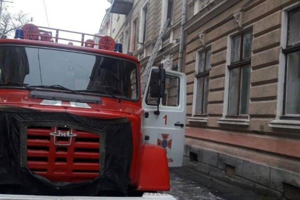 П'яна жінка спричинила пожежу на вулиці Опільського в Тернополі