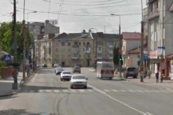 Тернополяни просять «забрати» пішохідний перехід на проспекті С.Бандери