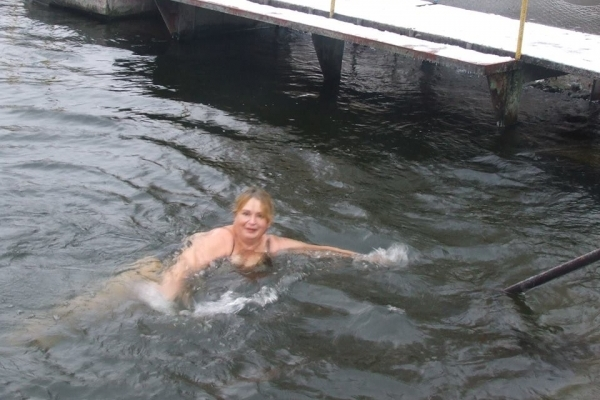 В тернопільському клубі зимового плавання «Нептун» відкрили новий сезон змаганнями (Фото)