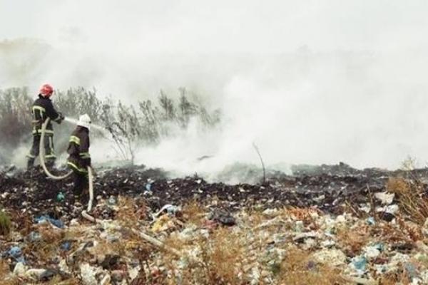 У Борщові на Тернопільщині горіло сміттєзвалище