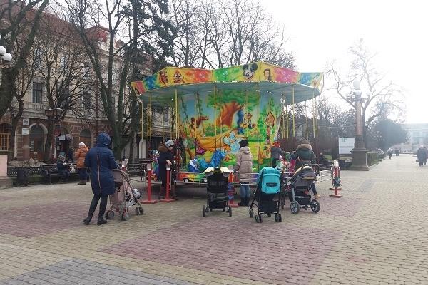 «Зимове містечко» у центрі Тернополя відкриють 15 грудня
