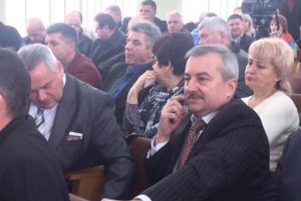 Тернопільська районна рада знову намагається «прикрити» дітьми власну неспроможність