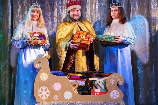 Тернопільський актор Олег Боков чверть століття грає Святого Миколая