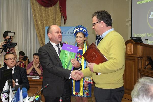Агрохолдинг «Мрія» і Тернопільський національний економічний університет підписали меморандум про співпрацю