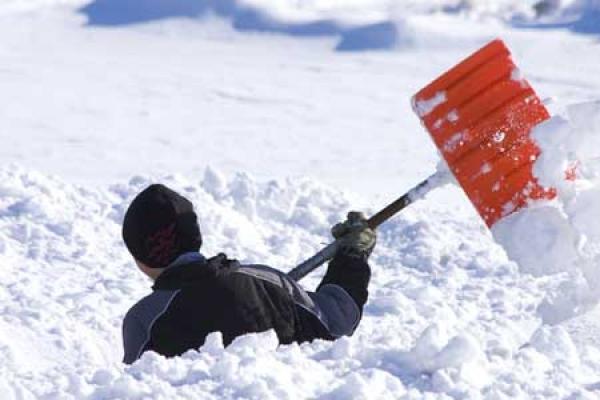 На Тернопільщині шукають волонтерів, готових прибирати дороги в снігопади