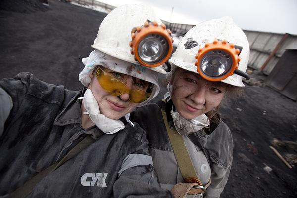 В Україні скасували заборону на важкі професії для жінок