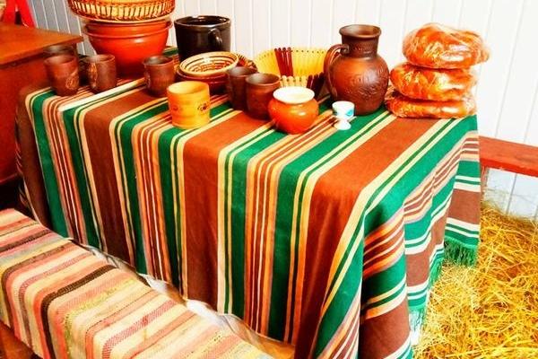 Поради тернополянам: як не переїдати за святковим столом