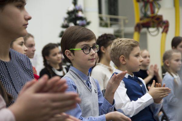 Першій леді України Марині Порошенко школярі з Тернополя задали цікаві питання