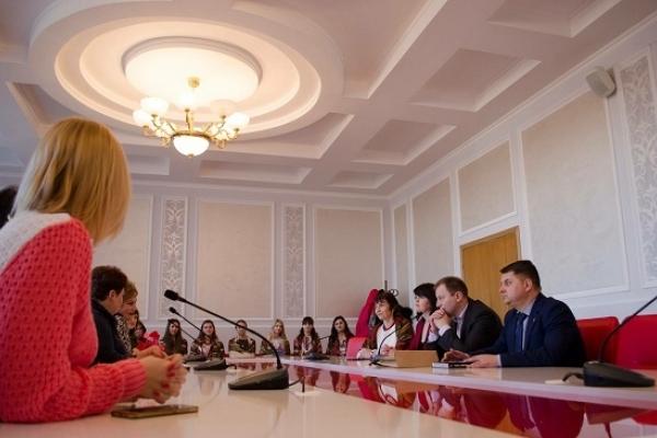 Вчителі школи-інтернату з міста Щастя побачили колорит Тернопільської області (Фото)