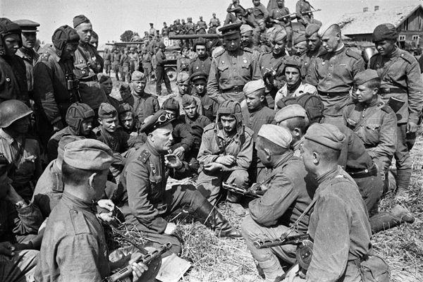 «Тернопільська операція 1944 року» на фото та відео