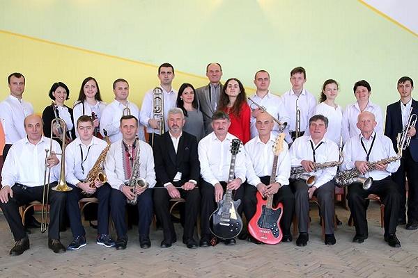 Естрадно-симфонічний оркестр Скалатського будинку культури став «народним»