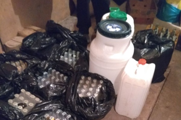 На Тернопільщині СБУ блокувала виробництво фальсифікованого алкоголю