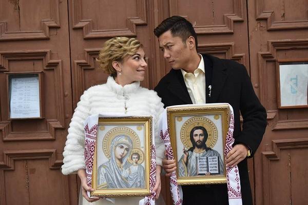 Тернополянка відверто розповіла про заміжжя в Китаї (Фото)