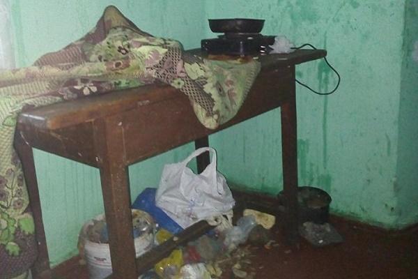 У мешканців Тернопільщини вилучили трьох хворих та недоглянутих дітей (Фото)