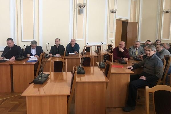 З 1 лютого у Тернополі розірвуть договори з приватними перевізниками