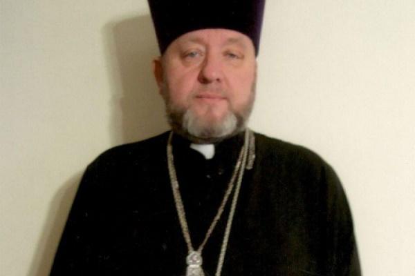Тернополяни в шоці: скандальний Роман Півторак «навернувся» і став православним отцем