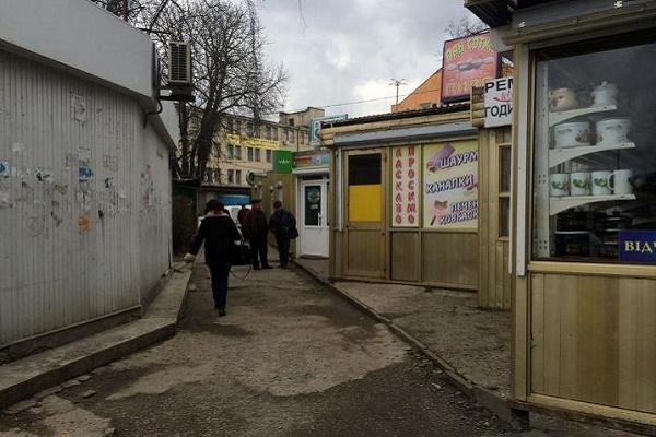 У Тернополі погодили нічний режим роботи ресторанів, магазинів і «наливайок»