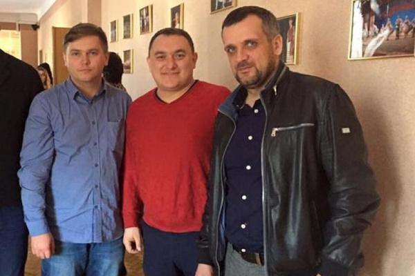 Скандальні тернопільські екс-депутати не змогли через суди повернути мандати (Документи)