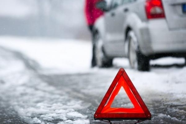 Одна людина загинула: Рух дорогою з об'їзної Тернополя на Львівську трасу ускладнено через ДТП
