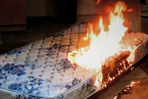 В одній із тернопільських багатоповерхівок ледь не згоріла квартира