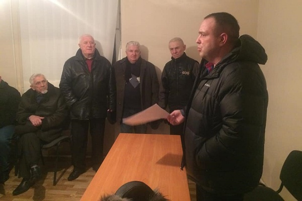 Тернопільський депутат Олег Нитка зайнявся гаражами
