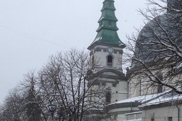 У тернопільській Катедрі через чудотворну ікону зупинився час? (Фото)